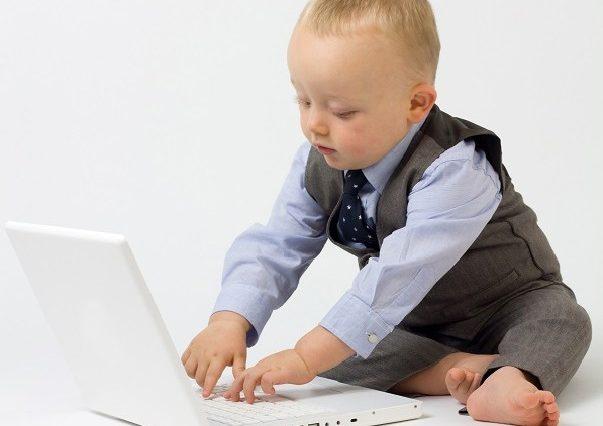 テンプレート付き!面接の日程通知に対する返信メールの文例7つ