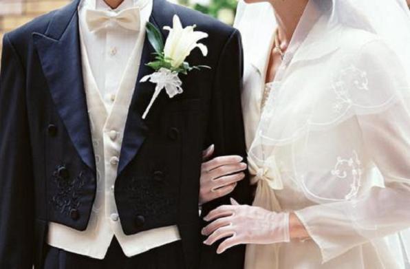 結婚退職の伝え方、同僚から必ず祝福される9つの方法