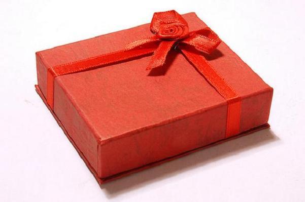 両親へのプレゼント、感動を贈る!9つのおすすめギフト